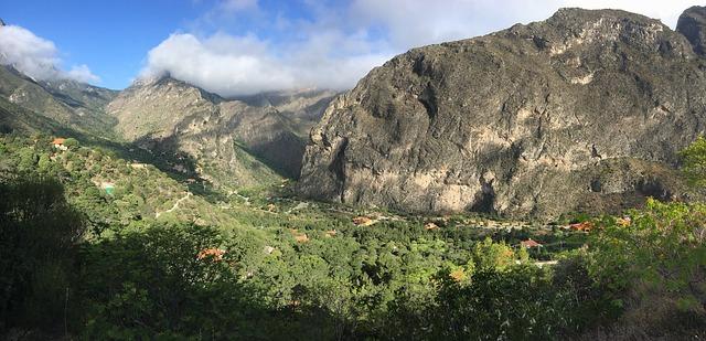 The Huasteca Canyon in Monterrey.