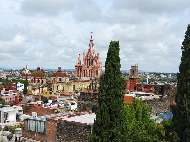 View of San Miguel de Allende with its neo-Gothic church in the background.