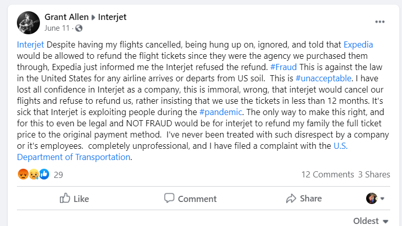 Complaint about Interjet posted on Facebook.