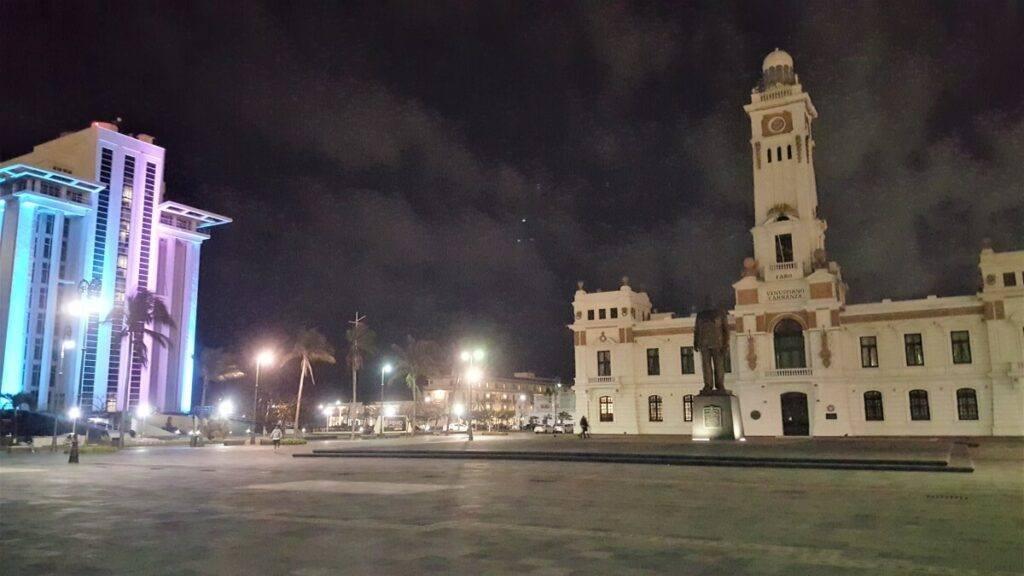 Pemex Tower and Faro de Venustiano Carranza by the malecon.